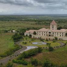 Resort At Four Seasons Winery & Vineyards in Kurkumbh