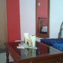 Resort Murti in Hinganghat