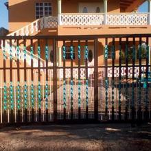 Reynold's Luxury Villa in Derriere Morne