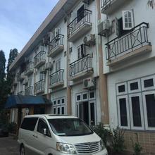 Richland Hotel in Rangoon