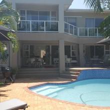 Ridgesea Guest House in Durban