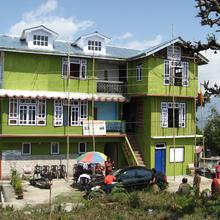 Hotel Rinchenpong Nest in Pemayangtse