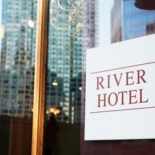 River Hotel in Chicago