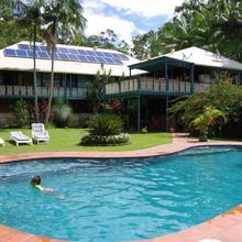 Riviera Bed & Breakfast in Gold Coast