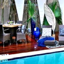 Riviera Suites in Miami Beach