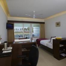 Rns Golf Resort in Murudeshwara