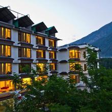 Rohtang Heights Resorts And Spa in Nagar