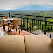 Romance Hills Hotel in Kandy