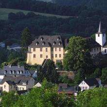 Schloßhotel Kurfürstliches Amtshaus Dauner Burg in Eckfeld