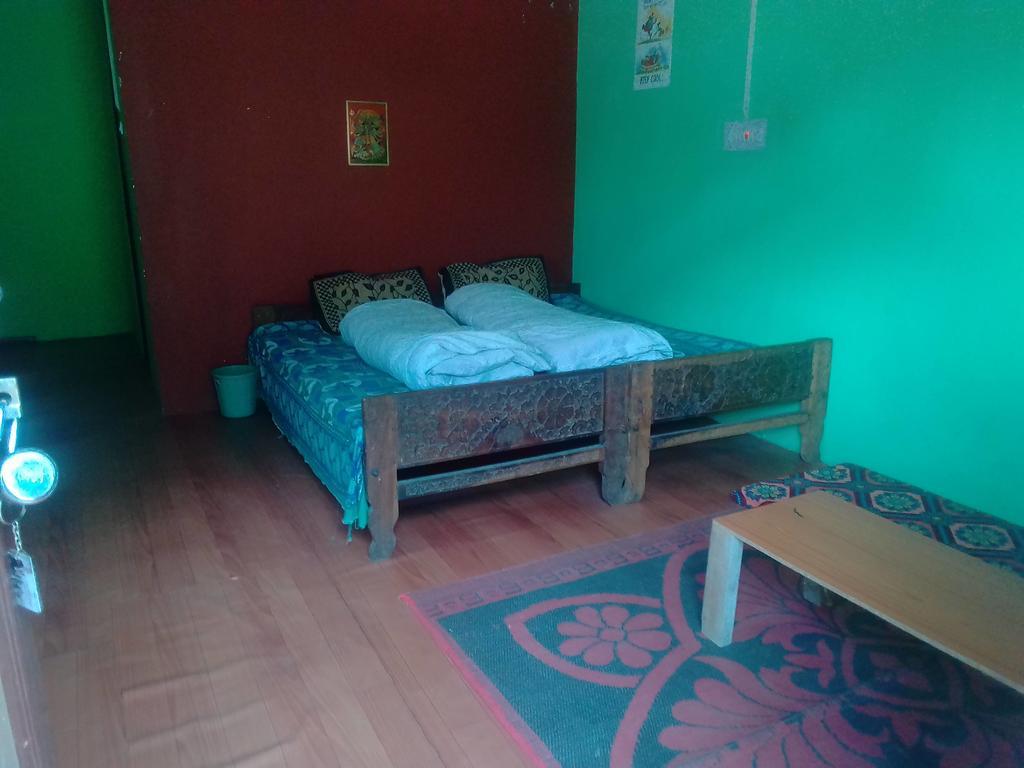 Roojoomguesthouse in Sangla