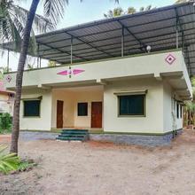 Room In A Farmhouse In Akshi, Alibag, By Guesthouser 29078 in Satirje