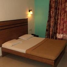 Room Maangta 113 @ Vasai East in Vasai