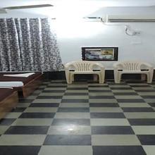 Room Maangta 327 - Panjim in Bogmolo