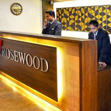 Rosewood Apartment Hotel - Pantnagar in Kichha