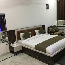 Royal Homestay in Agra