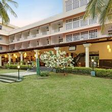 Royal Orchid Resort & Convention Centre in Chik Banavar