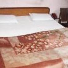 Hotel Royal Palace in Dami