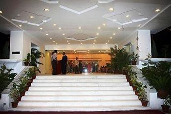 Hotel Royal Sarovar Portico - Siliguri in Cart Road