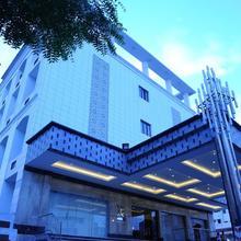 Rr Inn- Tirunelveli in Gangaikondan