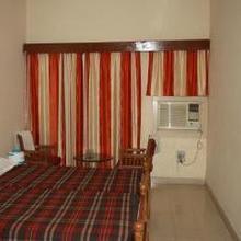 Rtdc Hotel Chambal in Kota
