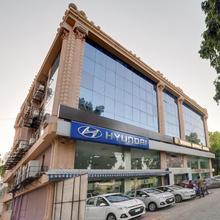 Rudra Royale Hotel in Ahmedabad