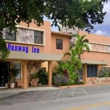 Runway Inn Miami in Miami