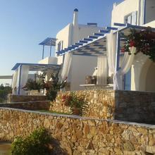 S & K Maisonnettes in Paros