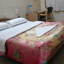 Sabharwal Guest House in Karnal