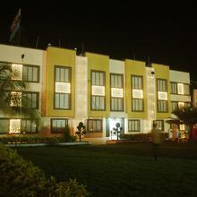 Safari Hotel & Resort in Somnath