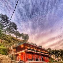 Safarmaina Resort in Kasauli