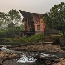 Saffronstays Riverrock in Kopar