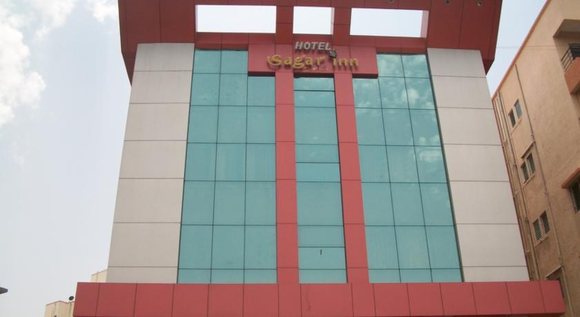 Sagar Inn in Loni Kalbhor