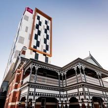 Sage Hotel West Perth in Perth