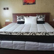 Sai Maa Hotel & Residency in Puttaparthi