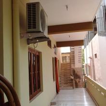 Sai Sadan Guest House in Himayatnagar