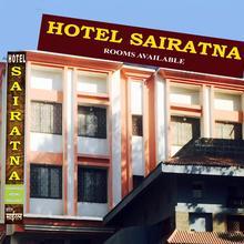 Sairatna Hotel in Shirdi
