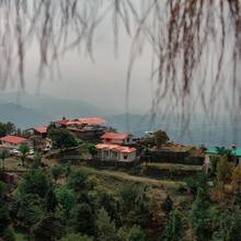 Saiva Hill Resort in Dharda