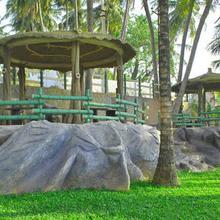 Sakthi River Resort in Samathur