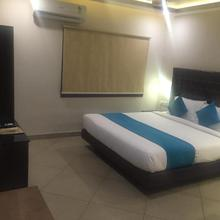 Saluja Residency New Amber Bar & Restraurant in Baghdogra