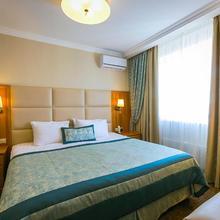 Hotel Salut in Yasenevo