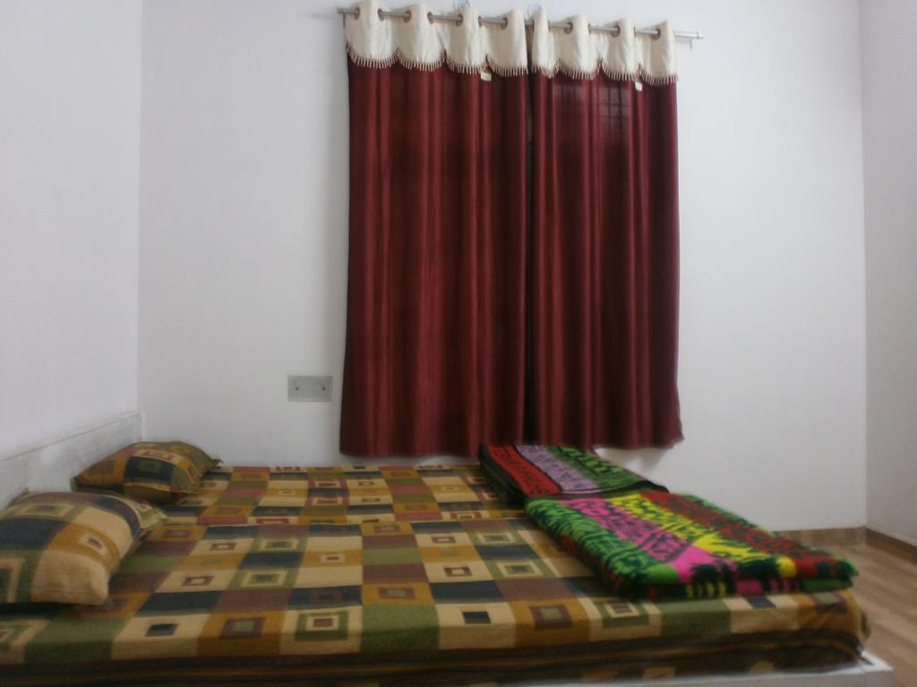 Samrat Palace Guest House in Varanasi