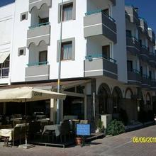 Samyeli Hotel in Candarli