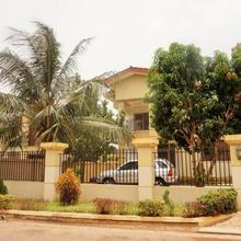 Sandpark Place, West Hills in Accra