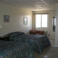 Sandy Shore Motel & Apts in Westerly