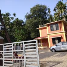 Sandy's resort in Alibag