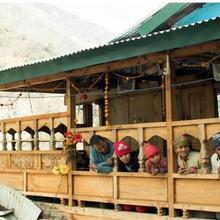 Sankri Home Stay in Sankra