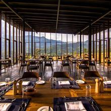Santani Resort & Spa in Kandy