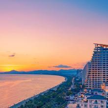Sanya Rock Platinum Sea View Hotel in Sanya