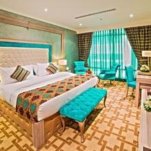 Sapphire Plaza Hotel in Doha