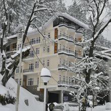 Sara Hotel in Matiana